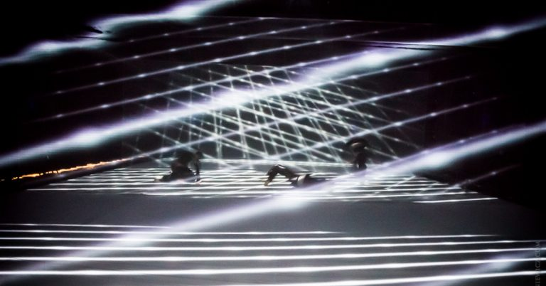 spectral layers of movement – performances in January