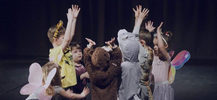 Końcoworoczny pokaz Małego Teatru Ruchu