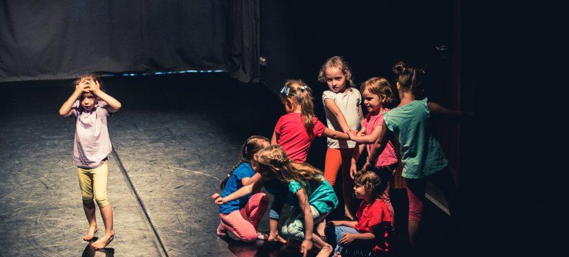 Pokaz Małego Teatru Ruchu i Hartowni