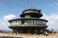 Obserwatorium meteorologiczne na szczycie Śnieżki (fot. Sebastian R. Bielak)