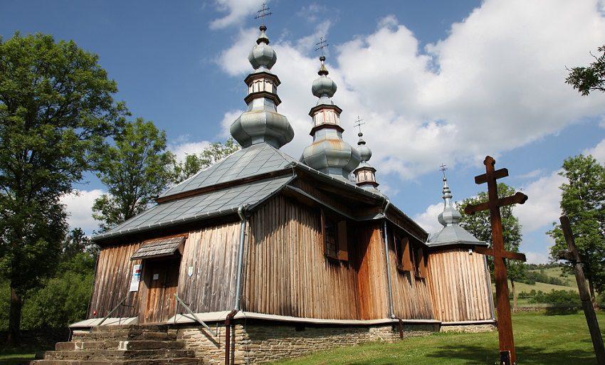 Zabytkowa cerkiew w stylu łemkowskim w Turzańsku (fot. Sebastian R. Bielak)